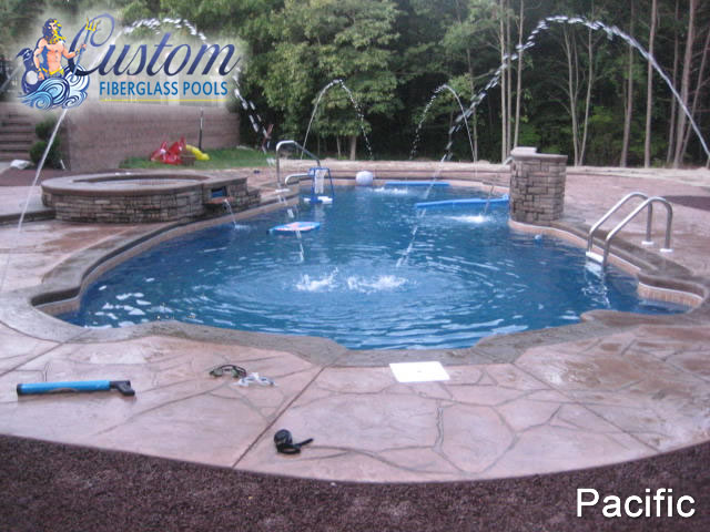 Pacific 8 39 depth fiberglass pools and spas for Pacific pools